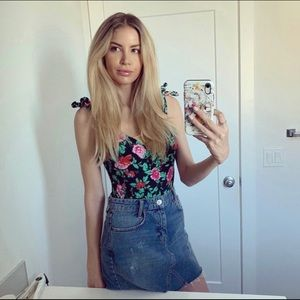 Other - Floral print bodysuit